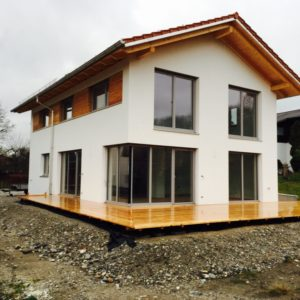 Modernes Weißes Passivhaus Mit Glasfronten